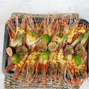 Gambas  grillées à l'ananas et fruit de la passion